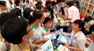 Ngày hội tư vấn tuyển sinh - hướng nghiệp tại TP.HCM năm 2012