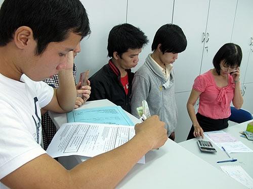 Chính thức công bố lệ phí dự thi Đại học, Cao đẳng năm 2013