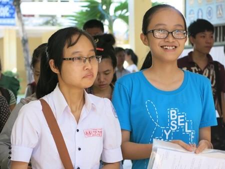 Các thí sinh dự thi vào ĐH Sư phạm Đà Nẵng